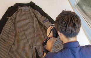 さらに商品のディテールを細部にわたって撮影します。